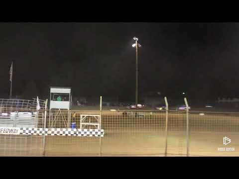 """Siskiyou Golden Speedway Jeffrey Hudson 83R Rod Restad Memorial 40 Lap """"A"""" Modified IMCA"""