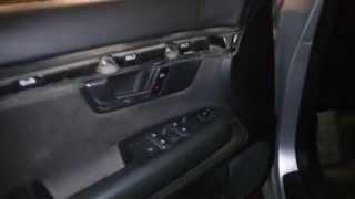 как снять обшивку двери на Audi A4 B6(ремонт Audi A4 B6 снимаем обшивку на Audi A4 B6., 2015-11-01T05:35:38.000Z)
