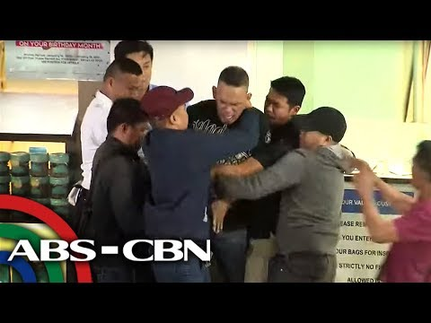 Authorities pin down Greenhills hostage-taker | ABS-CBN News