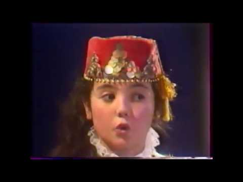ЭЛЬЗАРА БАТАЛОВА БУГУНЬ БИЗДЕ ТОЙ-ДЖИЙИН  1992 Crimean Tatar TV Show