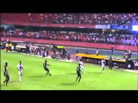 Сан-Паулу  3–0 Васко да Гама (24.09.2015)