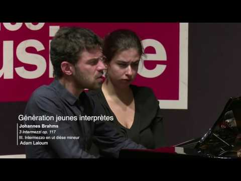 Johannes Brahms : 3 Intermezzi op. 117 par Adam Laloum