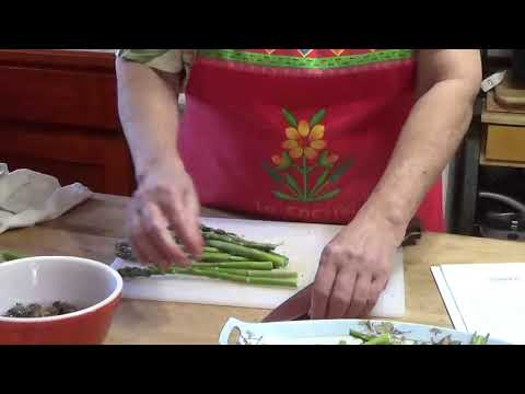 Cooking Salmon with Fresh Asparagus and Dried Morel Mushrooms