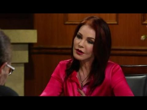 What Kind Of Kisser Was Elvis? | Priscilla Presley Interview | Larry King Now Ora TV