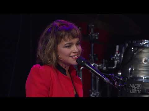 Big Jim - At Work - WATCH: Norah Jones Does Ray Charles Tribute For Austin City Limits