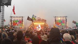 Gambar cover Coldplay - A Head Full of Dreams [Live at Glastonbury 2016]