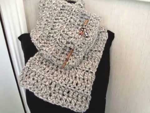 Beginner Crochet Patterns Scarf : HOW TO CROCHET A BEGINNER COWL, scarf, crochet lessons ...
