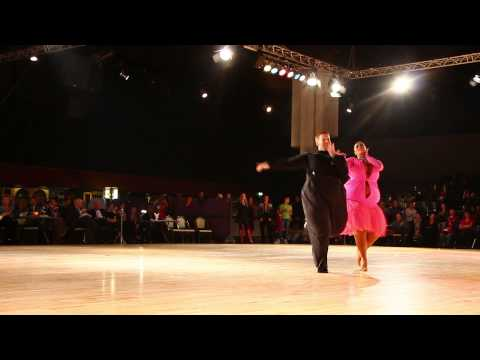 WDC Dutch Open Assen 2014 Showdance Latin - Neil & Ekaterina