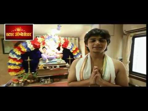 Laxmikant Berde and Priya Berde son Abhinay doing - YouTube Laxmikant Berde Abhinay Berde