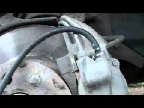 Приспособление замена тормозной жидкости своими руками фото 516