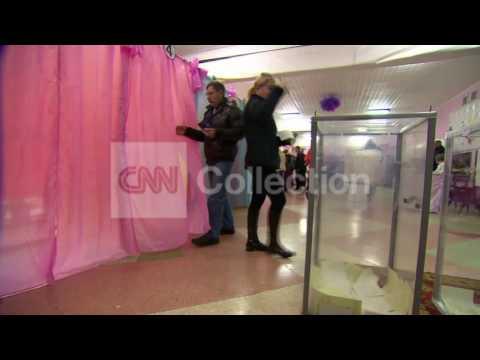 UKRAINE:INSIDE CRIMEA POLLING STATION (MORE)