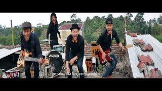 Download Lagu SENDAU GURAU - BERSENDAUGURAU (Official Music Video) mp3