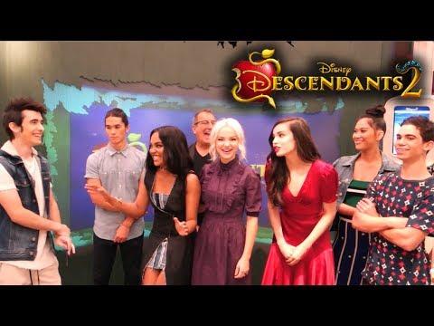 DISNEY'S DESCENDANTS 2 interviewing the cast & Director
