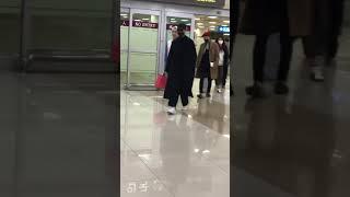Gambar cover 180301 SHINee at Gimpo Airport from Japan