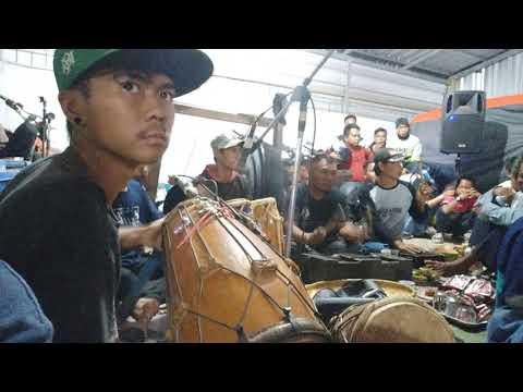Kanggo riko musik kuda renggong