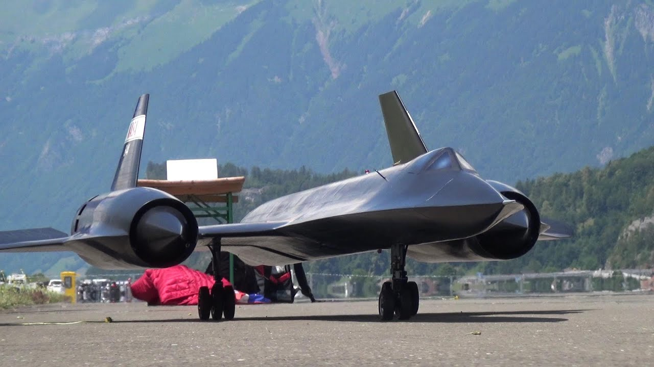 RC BLACKBIRD SR-71 TURBINE MODEL JET AMAZING PERFORMANCE