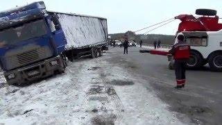 Эвакуация грузового транспорта в Екатеринбурге +7 (343) 200-05-05(, 2014-12-02T17:25:49.000Z)