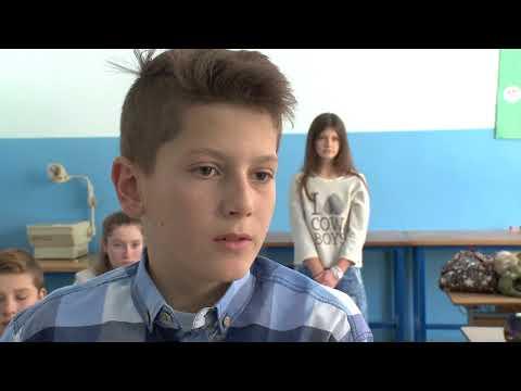 Mala škola filma KIDS MOVIE STAR - Kratki igrani film 'Skolski cas'