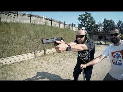 Frag Out! Magnum Research Desert Eagle Mk XIX .44 Magnum