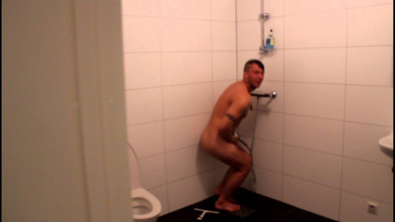 eskorttjänst runka i duschen