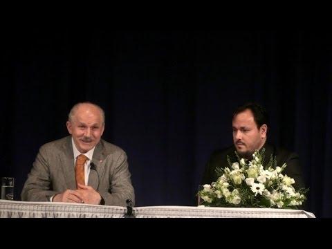 Yunus Emre 2014 Berlin Konferansı