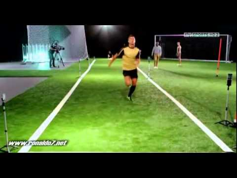 Cristiano Ronaldo races against sprinter!- Tested to the limit