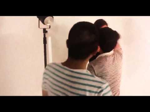 Elly Trần khoe ngực khủng trong buổi chụp hình