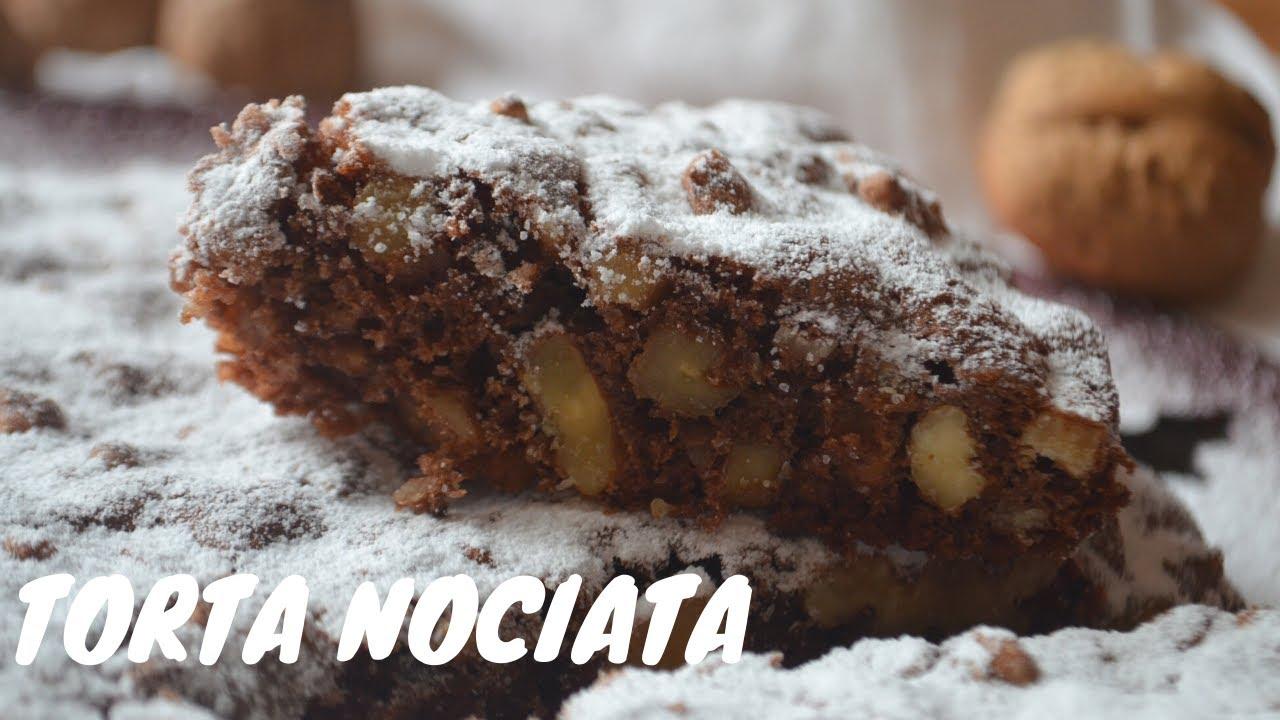 Torta nociata per le feste natalizie