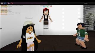 SPA & LOUNGE ON ROBLOX | Pro gamer girl 88