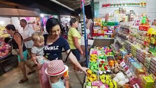 Горы вкусной тайской еды и дешевая одежда на ночном рынке в Паттайе!