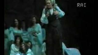 Fiorenza Cossotto - Il Trovatore - Stride la vampa
