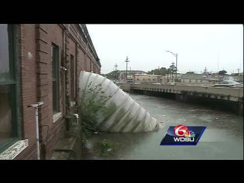 Here's how the pumps in New Orleans move water out during heavy rainfall