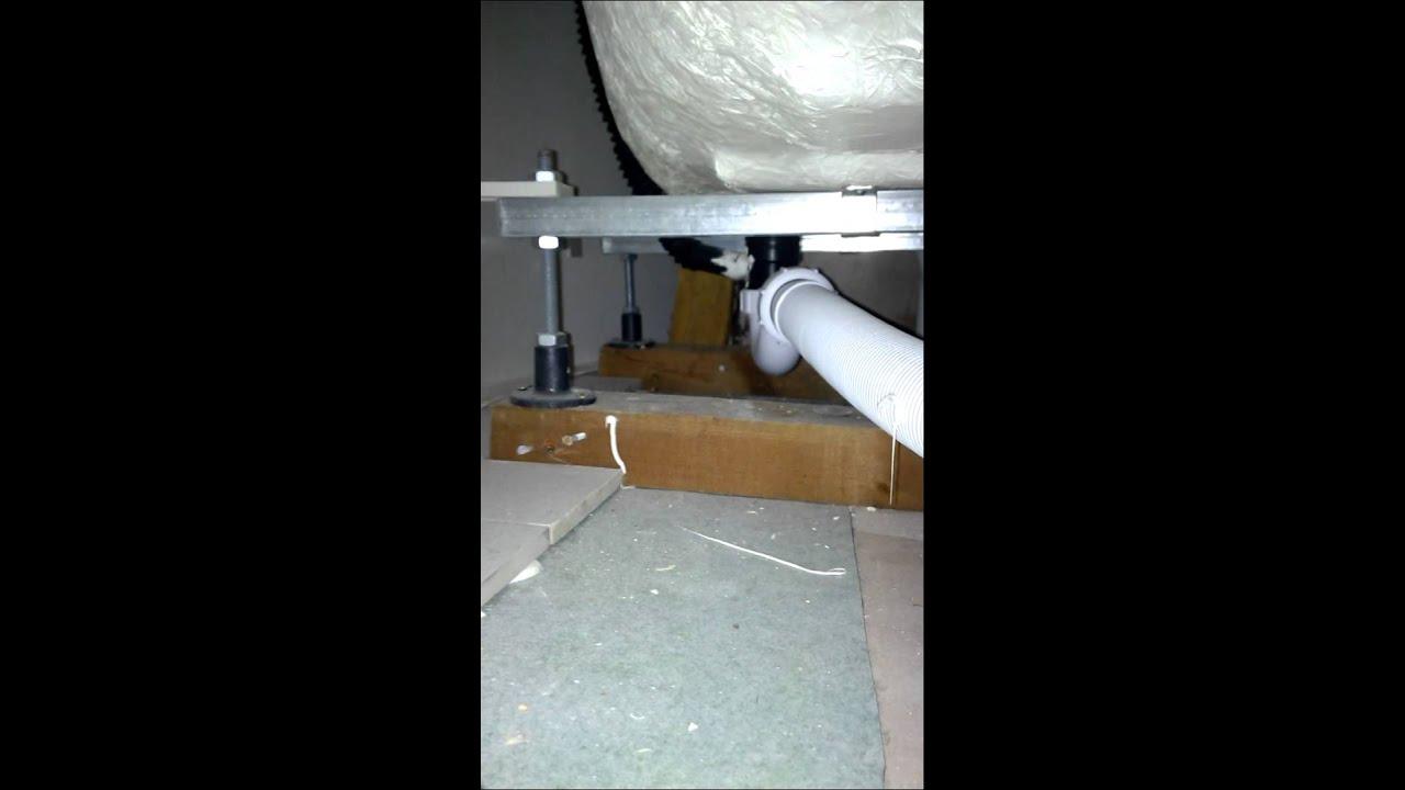 Scarico sotto la vasca - YouTube