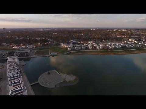 Dortmund-Hörde, Phoenix-See - Eine kleine Luftaufnahme von April 2016