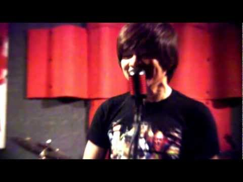 Total Recall (Cover) - INTRoVOYS
