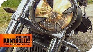 Totenkopf-Scheinwerfer an Harley Davidson: Sind diese erlaubt? | Achtung Kontrolle | kabel eins