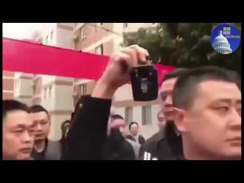 视频:成都七中家长抗议学校食品严重问题、却遭当局无情镇压(3/13)