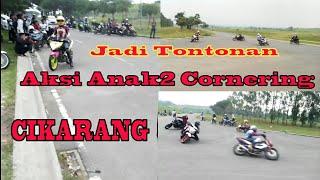 Gambar cover Jadi Tontonan Aksi Anak2 Cornering Cikarang