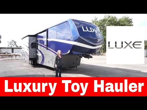Luxe Toy Hauler fifth wheel - Luxury toy hauler