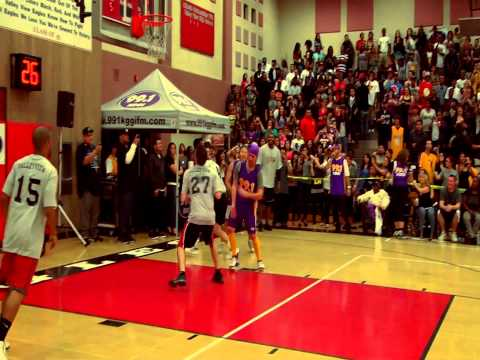 Ron Artest @ 99.1 KGGI Valley View High Jam N Slam with Freddy Rivera.mp4