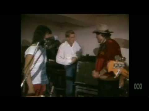 Countdown (Australia)- Molly Meldrum Interviews Mental As Anything- March 8, 1986