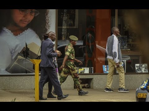 [WATCH] Tense situation after Zimbabwe takeover