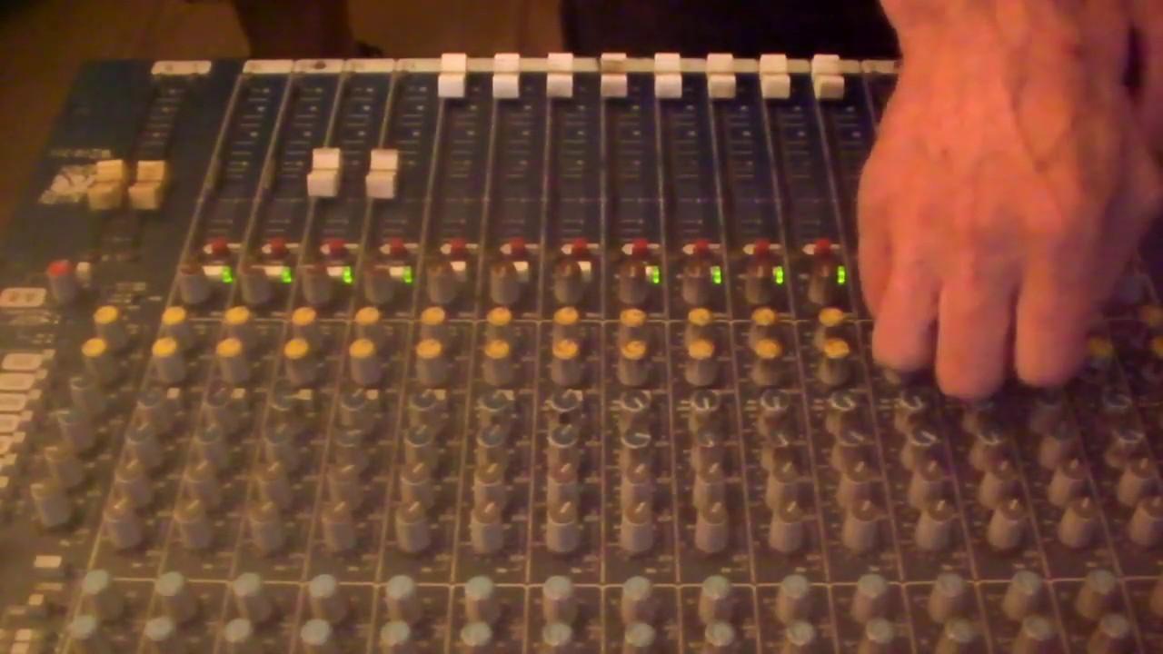 Microdub (feat. Diggão Ragga) vs Victor Rice - O Pipa [Dub]