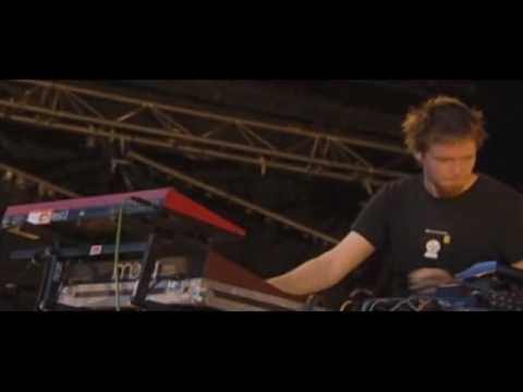 lali puna - grin and bear - live 2004 la route du rock