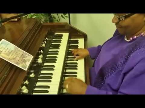 Mother Plays Traditional Gospel Organ!