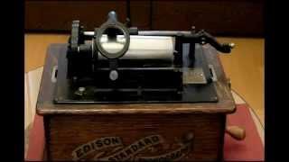 エジソン・スタンダード・フォノグラフA型(1903年製)で、 ブランクロ...