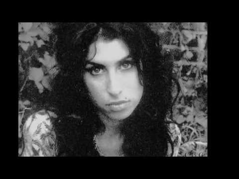 Tribute to Amy Winehouse ...  Sings Dinah Washington ----  (What a Difference a Day Made)...