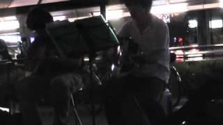 10年7月26日(月)第4回、名古屋・金山フォーク路上♪fumiさんと♪ 「ひと...