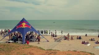Surfing Arugam Bay