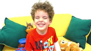 Джин и ПЫЛЕСОС Как нужно заботиться детям